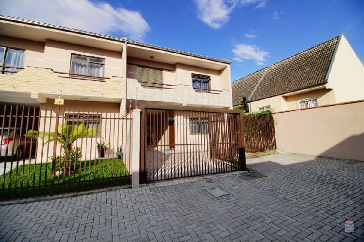 Casa de condomínio com 3 quartos à venda, 130 m² por r$