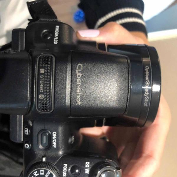 Câmera digital sony cyber-shot profissional + lente da