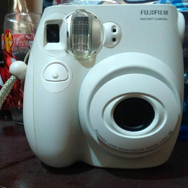 Câmera instax mini 7s