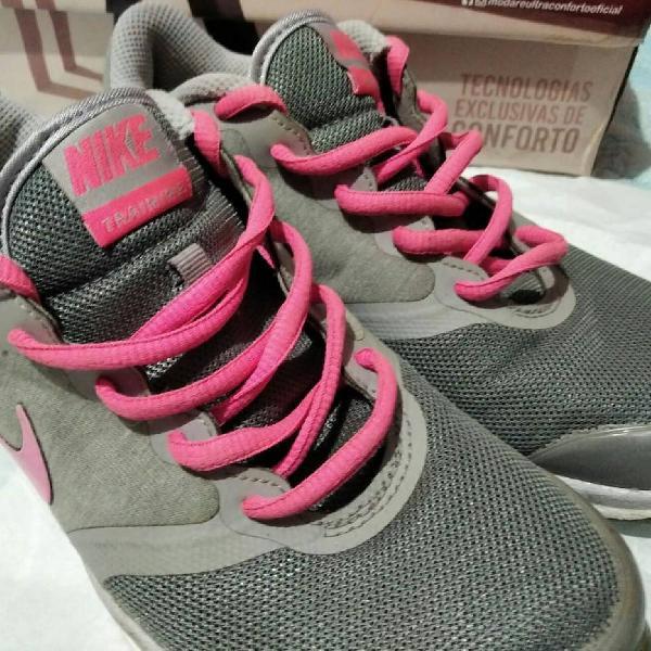 Corre corre! tênis nike feminino rosa e cinza tam 34/35