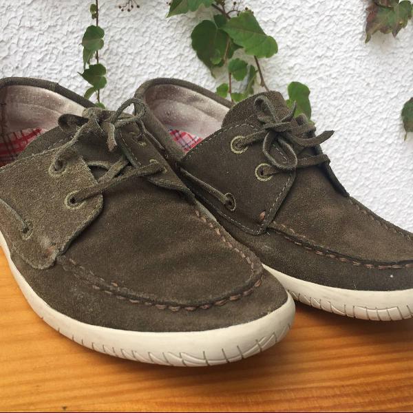 Sapato mocassim side walk