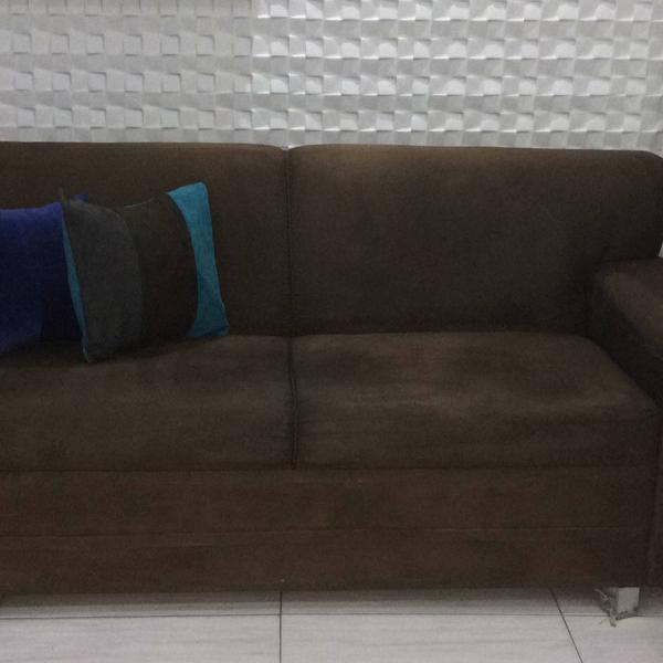 Sofá de dois e três lugares usado