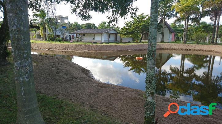 Chácara 4 hectares na praia de leste com fundos para o rio guaraguaçu