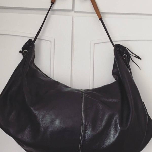 Bolsa sacola couro preta