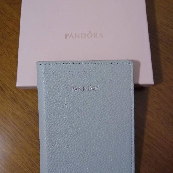 porta passaporte Pandora
