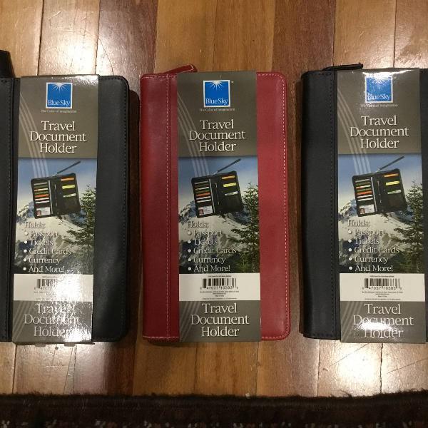 Porta passaporte importado novo
