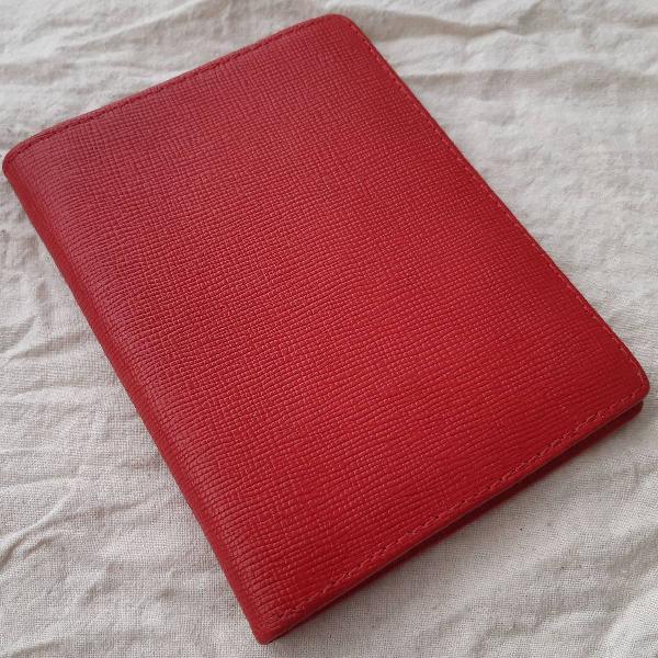 Porta passaporte mr cat vermelho couro sintético