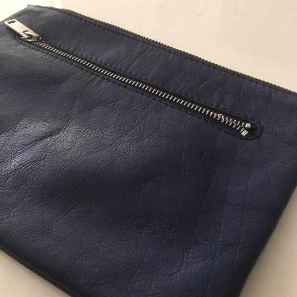 Pra laptop ou carteira?
