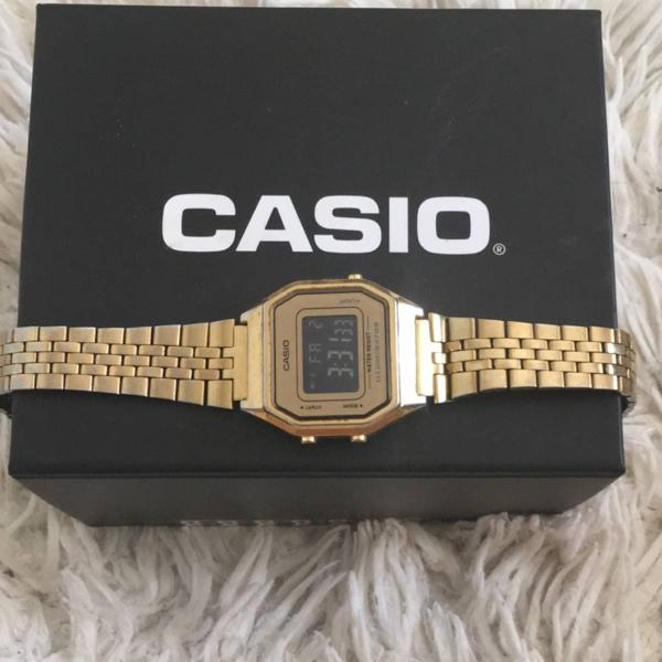Relógio dourado casio original