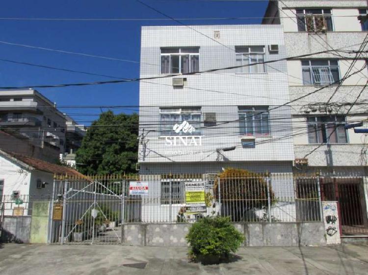 Apartamento com 2 quartos para alugar, 60 m² por r$