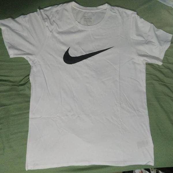 Camiseta nike básica