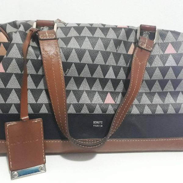 Handbag triangle shutz black