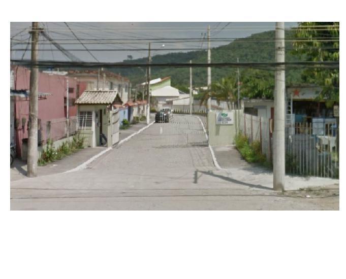 Excelente terreno em condomínio fechado estrada do magarça