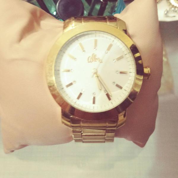 Relógio allora dourado