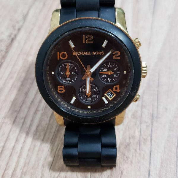 Relógio preto com dourado michael kors (mk5191)