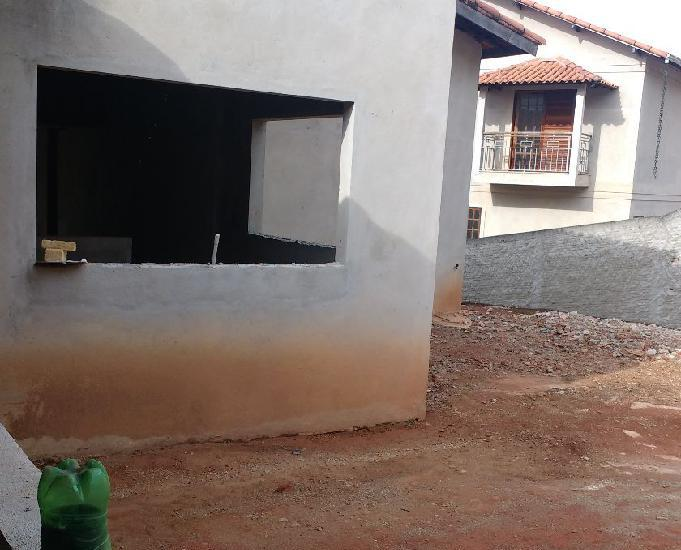 Vendo em construção bairro em crescimento são lourençomg