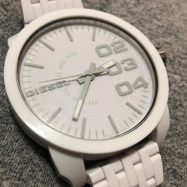 Relógio diesel branco dz 1461
