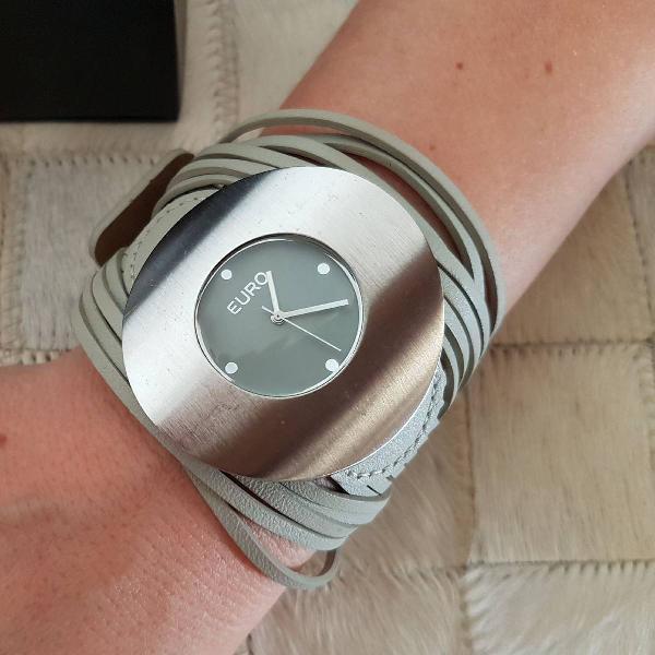 Relógio euro cinza grande