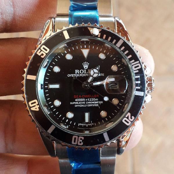 Relógio rolex oyester perpetual date mostrador black
