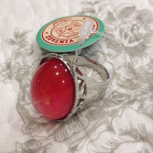 Anel pedra mármore vermelha
