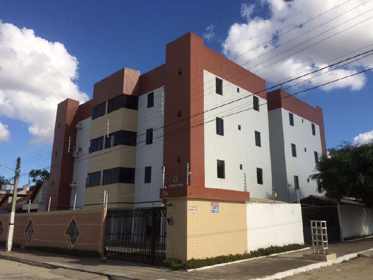 Apartamento com 3 quartos à venda, 84 m² por r$ 168.000
