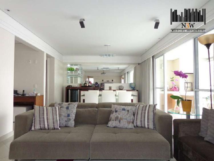 Apartamento com 3 quartos para alugar, 141 m² por r$