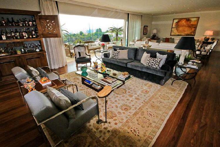 Apartamento com 4 quartos à venda, 635 m² por r$