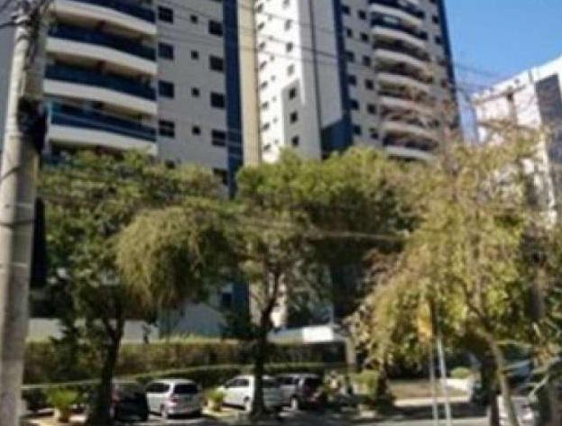 Apartamento com 4 quartos para alugar, 120 m² por r$