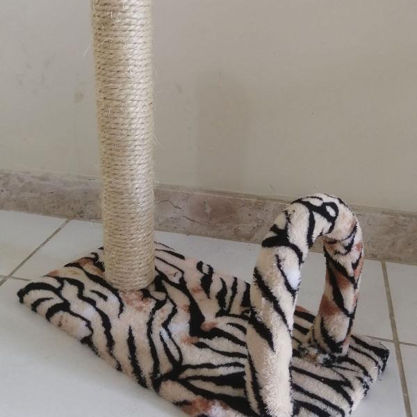 Arranhador poste arco gato pelúcia