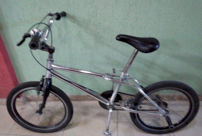 Bicicleta cross aro 20 troco ou vendo