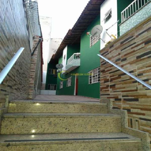Casa com 3 quartos para alugar, 115 m² por r$ 2.300/mês