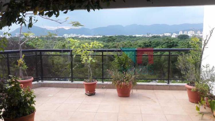 Cobertura com 3 quartos para alugar, 200 m² por r$