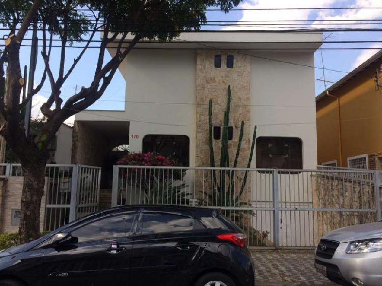 Imóvel comercial com 5 quartos para alugar, 500 m² por r$