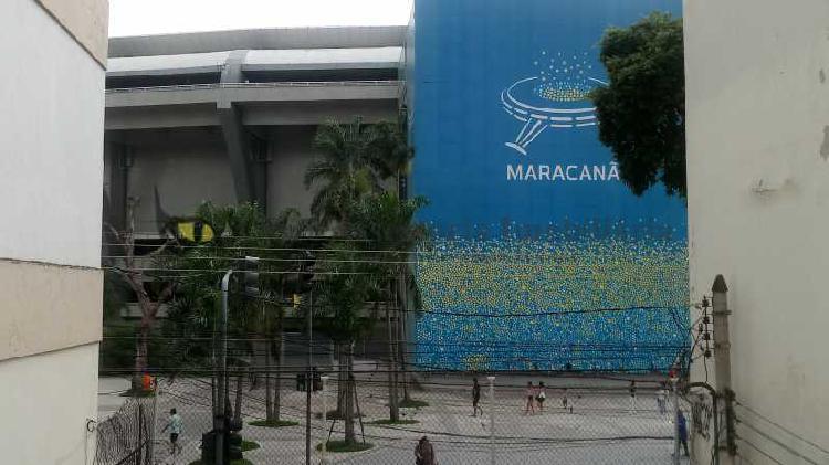 Imóvel comercial com 6 quartos para alugar, 470 m² por r$