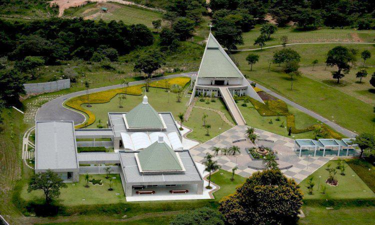 Jazigo cemitério parque renascer - contagem mg