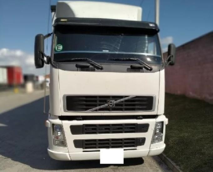Volvo fh 12 380. 2005 ano