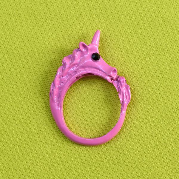 Anel de unicórnio rosa