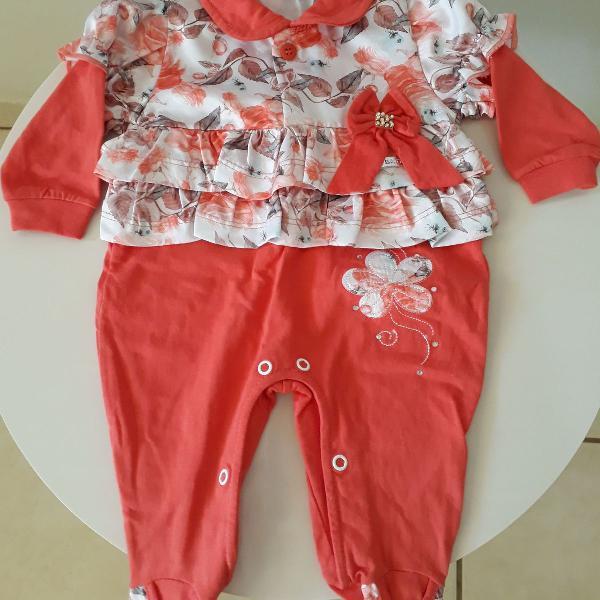 """Macacão de bebê"""" """"macacão laranja"""" """"roupa de bebê"""""""