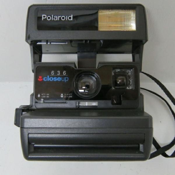 Antiga máquina fotográfica polaroid close up 636 !