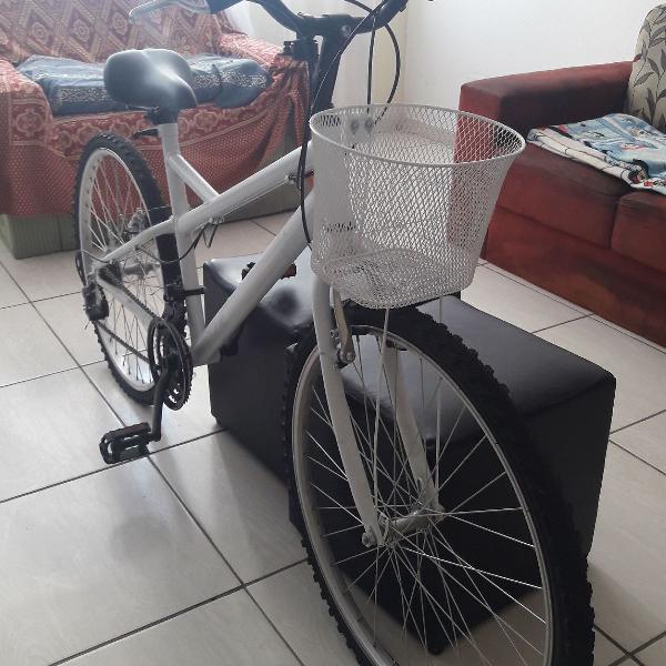 Bicicleta caloi ventura aro 26 21 marchas mtb - branca