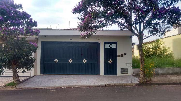 Casa com 3 quartos à venda, 168 m² por r$ 531.000 cod. ca