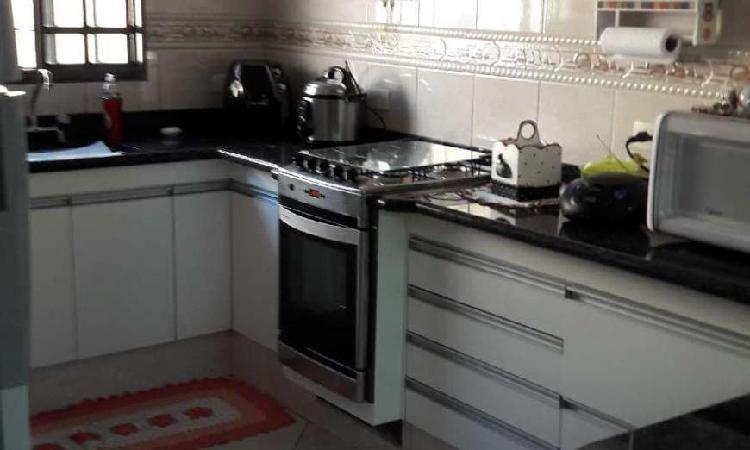 Casa com 3 quartos à venda, 208 m² por r$ 565.000 cod.