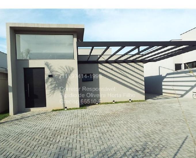 Casa para locação em condomínio em atibaia bairro nobre.