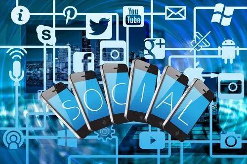 Redator, revisor, estratégia marketing digital;