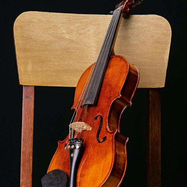 Violino eagle vk644 4/4