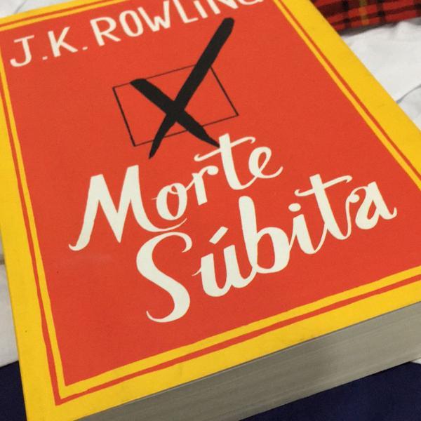 Livro morte súbita j.k. rowling
