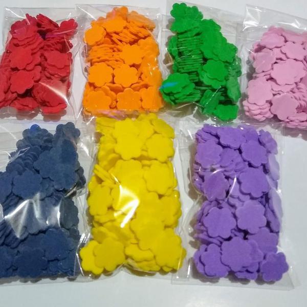 Pacote com 100 unidades de aplique flor de eva 1,5 cm