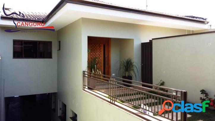 Casa 385 m², centro -- piraju /sp