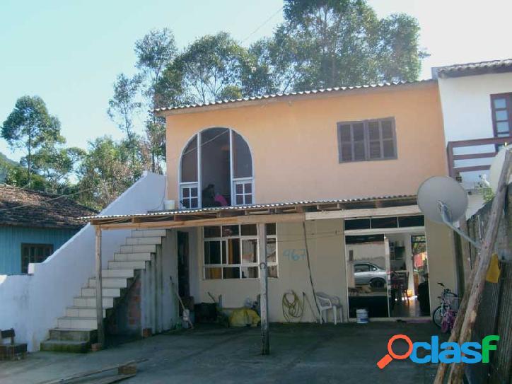 Duas casas com 02 dorm cada. próx. ao condomínio red park. florianópolis rio vermelho norte da ilha praia do moçambique.