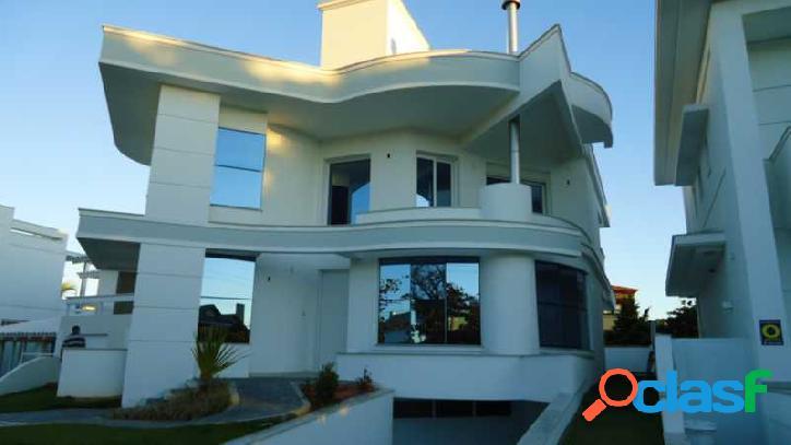 Linda casa à venda no bairro jurerê internacional em florianópolis - sc